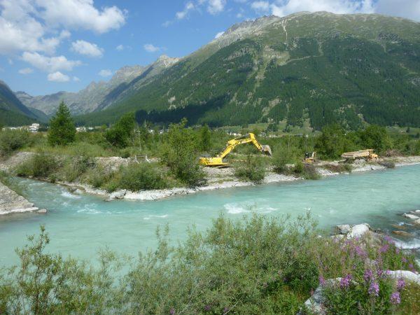 Durch Revitalisierungen werden Flussläufe wieder in ihren ursprünglichen, natürlichen Zustand zurückversetzt und damit viele neue Lebensräume geschaffen. | © FLS