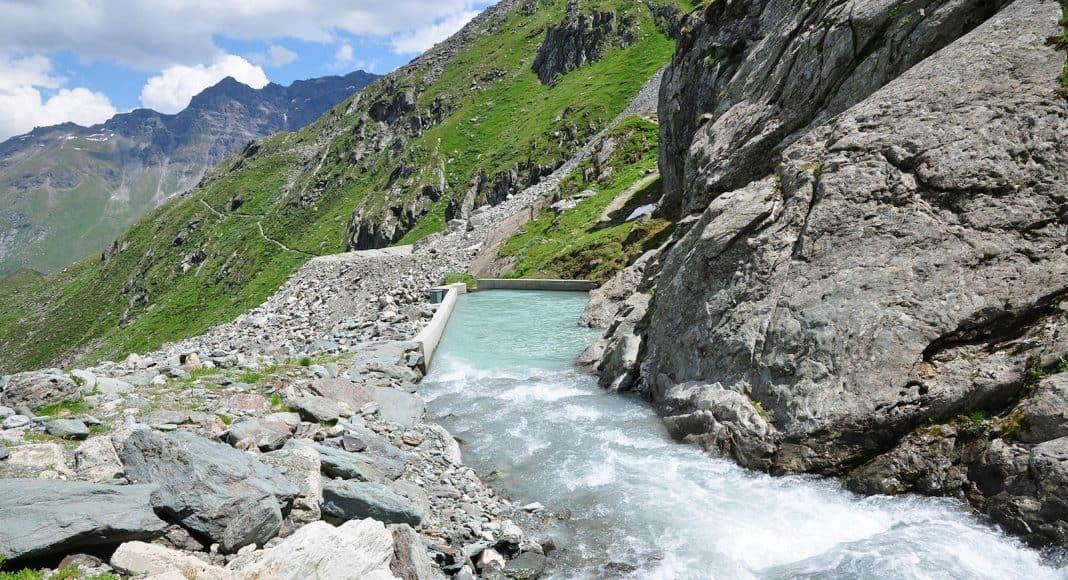 Wasserkraft führt zunehmend dazu, dass in den Alpen kleine Fliessgewässer austrocknen.