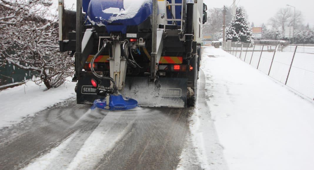 Das Streuen von Salz im Winter ist nicht gerade ökologisch.