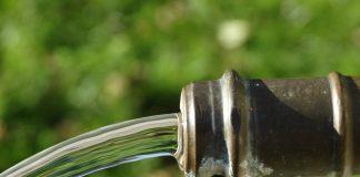 Trinkwasser soll frei sein von Anibiotika, Pesziziden und anderen schädelichen Rückständen.