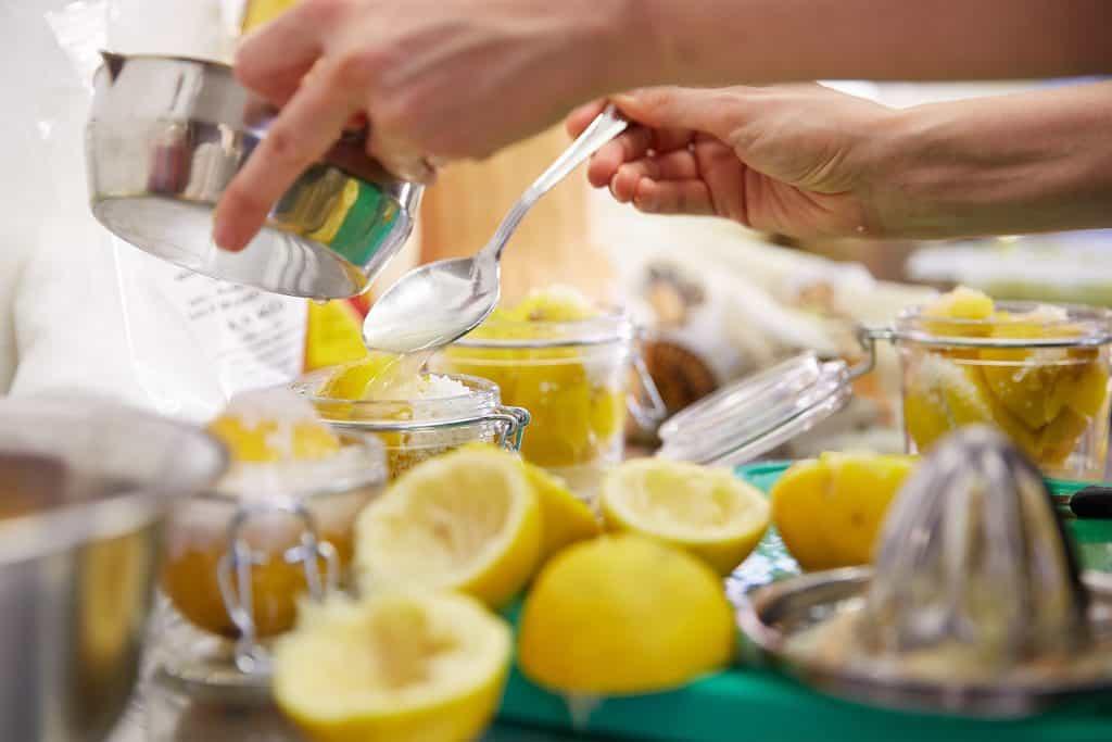 Lebensmittel konserieren ist hilfreich gegen Food Waster und Lebensmittel Verschwendung.
