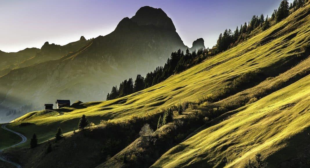 Die Stidtung Landschaftsschutz Schweiz setzt sich für den Erhalt von solchen Landschaften ein.