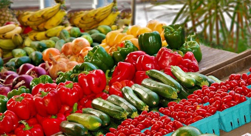 Viele Früchte und Gemüse sind mit Pestiziden behandelt.