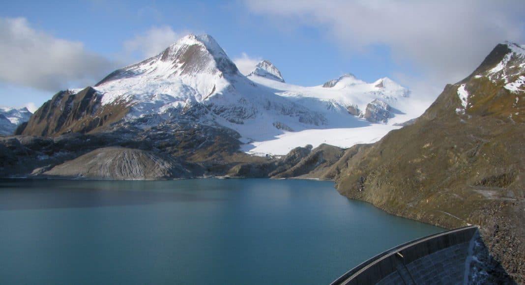 Wasserkraft spielt in den Bergen eine wichtige Rolle.