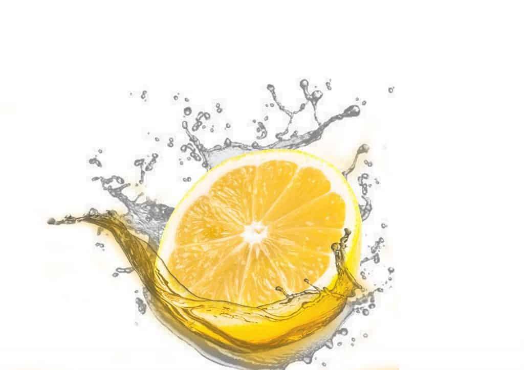 Zitrone kann helfen Pestizide loszuwerden.
