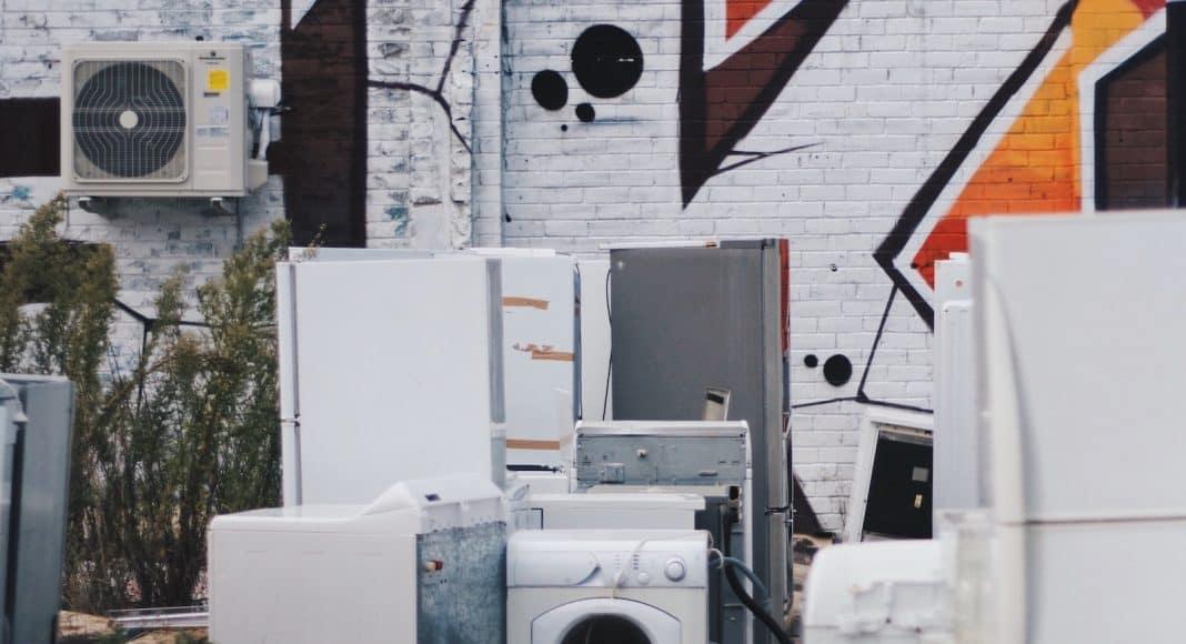 Recycling ist ökologisch, das würde auch für diese alten Geräte zutreffen.