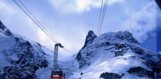 Bergbahn auf das Klein Matterhorn in den Alpen.