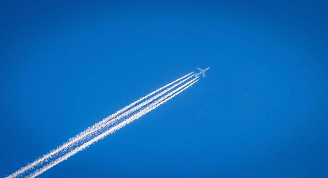 Der Verkehr und das Fliegen ist Hauptsünder bei den CO2-Emissionen.