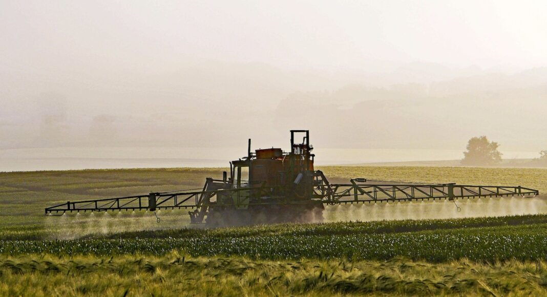 Ausbringen von Pestiziden
