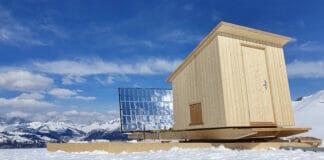 Solarsauna vor Bergpanorama