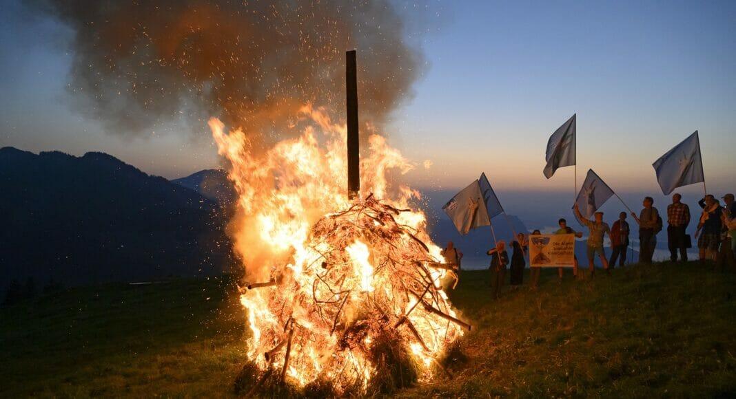 Alpenfeuer