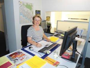 Liselotte Hanimann, Sachbearbeiterin Umwelt, Landschaft und Entsorgung, Gemeinde Männedorf Telefon 044 921 66 14 liselotte.hanimann@maennedorf.ch