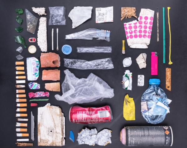 Nicht so sauber wie ihr Ruf – der Swiss Litter Report zeigt die schmutzige Seite der Schweiz. © STOPPP