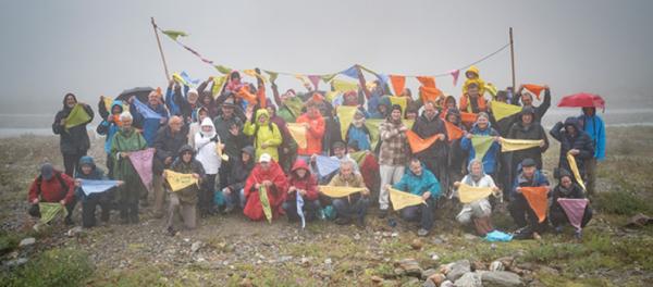 Mutige KlimaschützerInnen lancieren die Gletscher-Initiative am 25.08.2018 auf dem Sustenpass. © Gletscher-Initiative